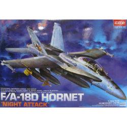 academy 12103 F/A-18D Hornet Night Attack Kit en plástico para montar y pintar. Hoja de calcas con 4 decoraciones del US Marine Corps. Escala 1/32