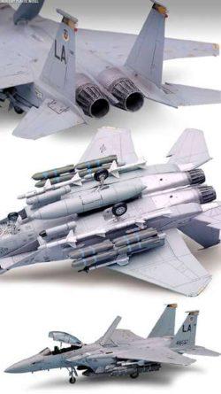 academy 12478 U.S. Air Force F-15E Eagle 1/72 Kit en plástico para montar y pintar. Incluye un completo surtido de armamento.