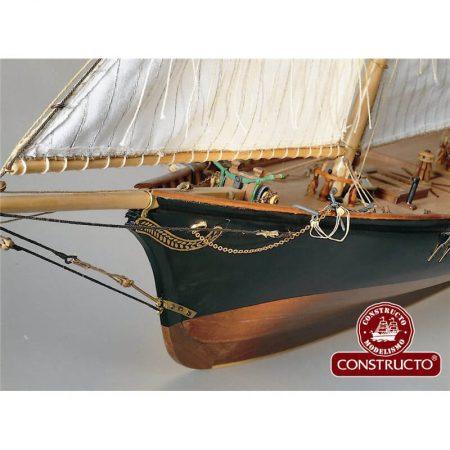 constructo 80827 Goleta América 1851 1/56 Kit de construcción tradicional en madera y metal. Casco hueco tradicional con falsa quilla y costillas precortadas de fabrica.