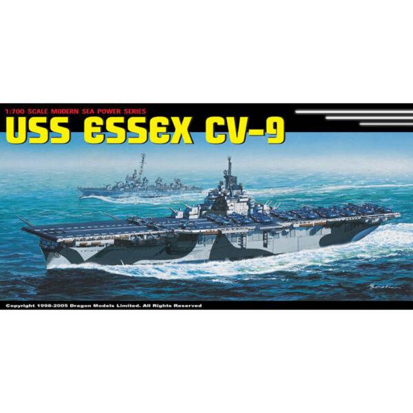 dragon 7049 USS Essex CV-9 1/700 Kit en plástico para montar y pintar. Incluye piezas en fotograbado. Permite la opción de exponerlo con el casco completo o por la linea de flotación.