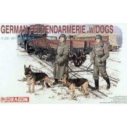 dragon 6098 dragon 6098 German Feldendarmerie with Dogs 1/35 Kit en plástico para montar y pintar. Incluye piezas para montar dos soldados y dos perros.