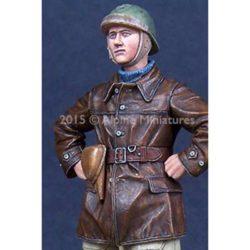 alpine miniatures 35197 WW2 French Tank Crew 2