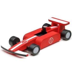 ARTESANIA LATINA 30511 KIT EN MADERA - FORMULA RACER Maquetas de fácil construcción perfectas para introducirse en el apasionante mundo del modelismo. Una actividad entretenida para montar y después jugar. Incluye todo lo necesario para completar la maqueta