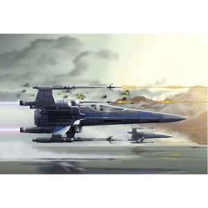 revell 06753 Resistance X-wing Fighter Kit en plástico de fácil montaje. No necesita pegamento. Se suministra pintado de fábrica. Con sonido. Piezas 18 Dimensiones 218 x 200 mm