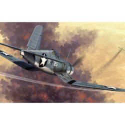 hobby boss 80381 Chance Vought F4U-1 Corsair Early Version El Chance Vought F4U Corsair fue un caza de la US Navy que estuvo en servicio durante la Segunda Guerra Mundial y la Guerra de Corea.