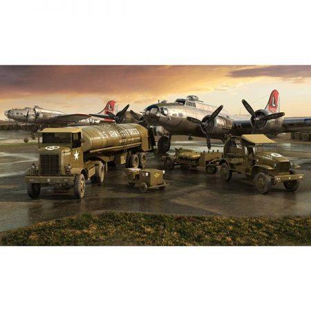 airfix a06304 WWII USAAF 8th Air Force Bomber Resupply Set 1/72 Kit en plástico para montar y pintar. Vehículos incluidos en el set: Cushman Model 39 Package Car. Chevrolet M6 Bomb Service Truck. M5 Bomb Trailer. Autocar U-7144-T 4x4 Tractor Unit. F-1 Fuel Trailer.