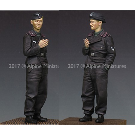 alpine miniatures 35226 German Panzer Crew nº1 vistiendo el uniforme de comienzo de la Segunda Guerra Mundial. Escultor: Sergey Traviansky escala 1/35