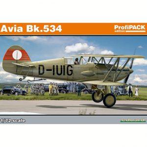 eduard 70105 Avia Bk.534 ProfiPACK Kit en plástico para montar y pintar. Incluye piezas en fotograbado y mascarillas. Representa la versión armada con cañones. Hoja de calcas con 5 decoraciones