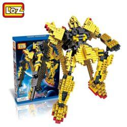 Loz 9353 Irobots Gundam Delta 590 pcs Construye y colecciona con los bloques de Loz, tus personajes favoritos.