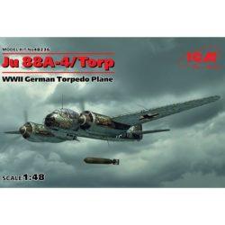 icm 48236 Junkers Ju-88A-4/Torp WWII German Torpedo Plane Kit en plástico para montar y pintar. Interior de cabina, torpedo y motor detallados.