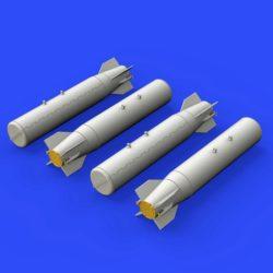 eduard brassin 648325 M36 cluster bombs 1/48 Kit en resina de la bomba M36. Incluye 4 bombas. Contenido: Piezas en resina 4 y fotograbados.