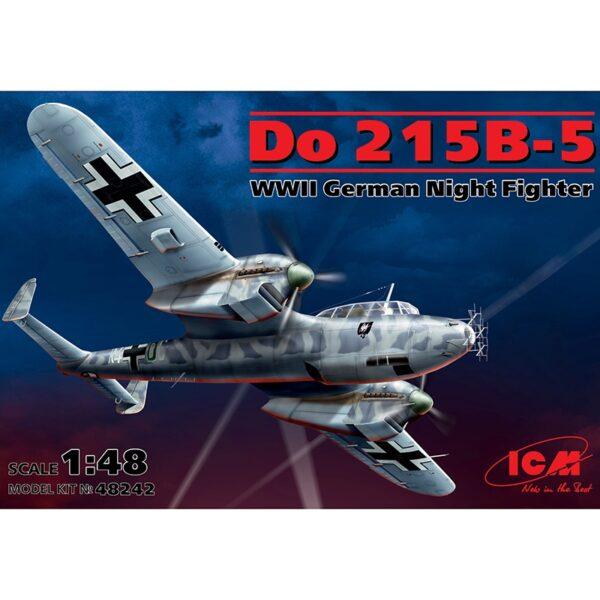 icm 48242 Dornier Do 215B-5 WWII German Night Fighter Kit en plástico para montar y pintar de este famoso caza nocturno alemán de la 2ªGM.