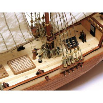 occre 12500 Goleta Americana Albatros 1/100 Kit de construcción tradicional en madera, casco por cuadernas con doble forro.