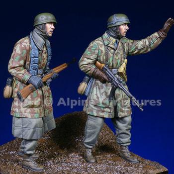 alpine miniatures 35249 Fallschirmjaeger, Ardennes Set Kit en resina para montar y pintar. El kit incluye 2 figuras y 4 cabezas.alpine miniatures 35249 Fallschirmjaeger, Ardennes Set Kit en resina para montar y pintar. El kit incluye 2 figuras y 4 cabezas.