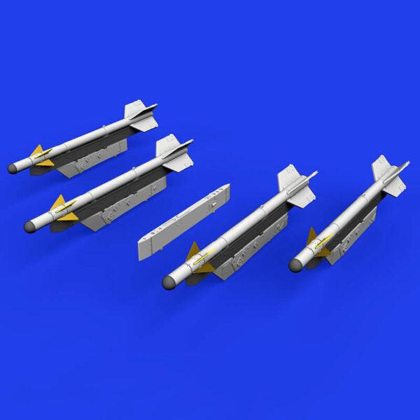 eduard brassin 672186 R-3S Missiles with Pylons for MiG-21 1/72 Kit en resina de los misiles R-3S con los pilones para el MIG-21.