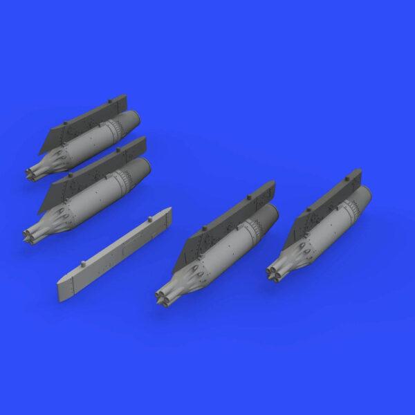 eduard brassin 672190 UB-16 rocket launchers w/ pylons for MiG-21 1/72 Kit en resina del lanza cohetes soviético UB-16 con los pilones del fuselaje y alas para el MIG-21