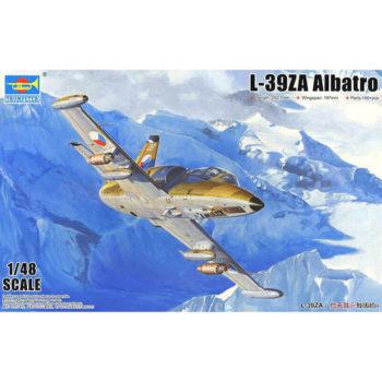trumpeter 05805 L-39ZA Albatros Advance Trainer Kit en plástico para montar y pintar. Incluye piezas en fotograbado. Dimensiones 252,7 x 197 mm
