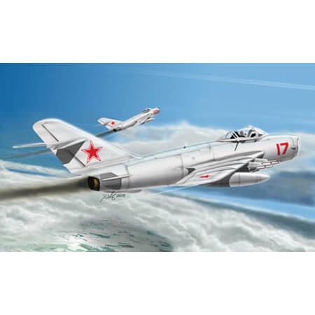 hobby boss 80337 MiG-17 PFU Fresco E Kit en plástico para montar y pintar. Hoja de calcas con 3 decoraciones.