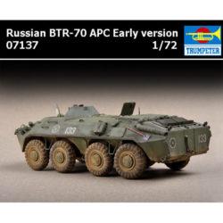 trumpeter 07137 Russian BTR-70 APC early version maqueta escala 1/72