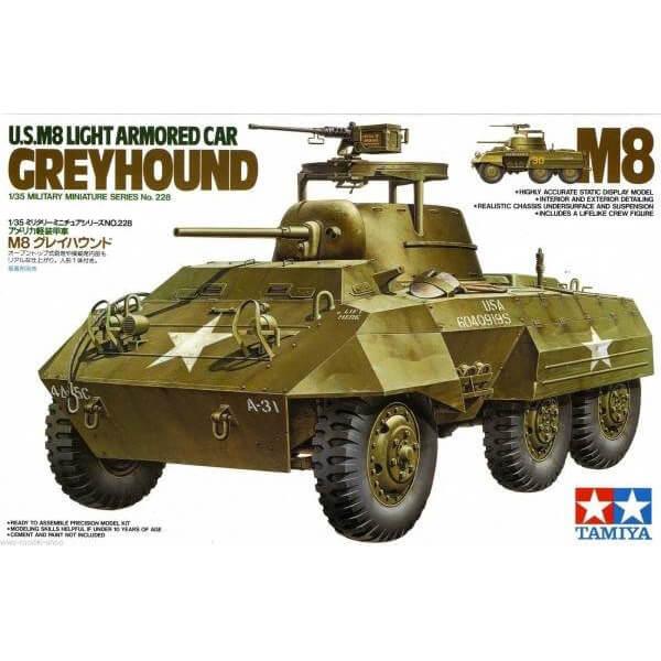 Tamiya 35228 U.S. M8 Light Armored Car Greyhound 1/35 Kit en plástico para montar y pintar.