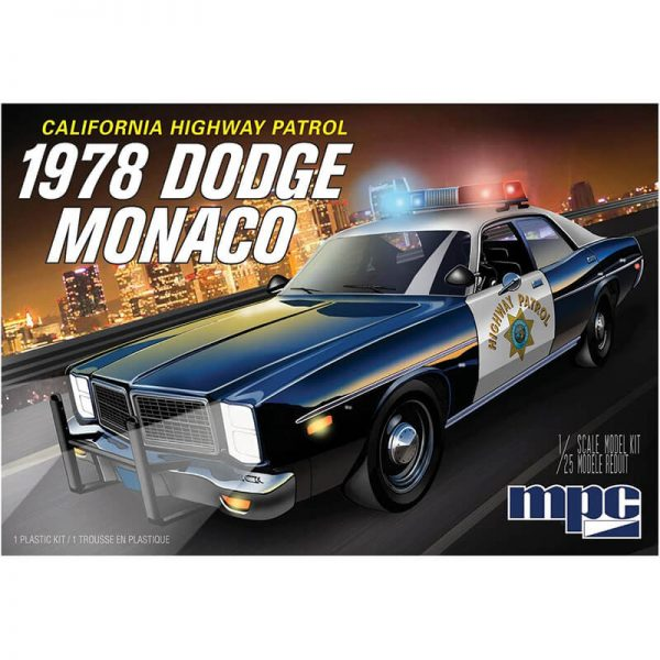 mpc 922 1978 Dodge Monaco California Highway Patrol 1/25 Kit en plástico para montar y pintar. Incluye equipo autentico de coche de policía: radios, armamento, luces y barras.
