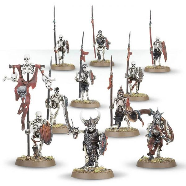 Games Workshop Skeleton Warriors Deathrattle Caja multicomponente de plástico para poder personalizar 10 miniaturas, se pueden armar con espadas o lanzas y se pueden montar 3 miniaturas como champion, standard bearer y hornblower.
