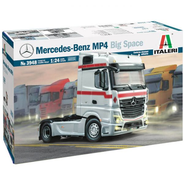 italeri 3948 Mercedes-Benz MP4 Big Space 1/24 Kit en plástico para montar y pintar.