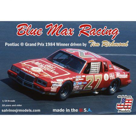salvinos jr model BMGP1984NW NASCAR 1984 Kit en plástico para montar y pintar. Incluye interior con jaula antivuelco, suspensión y motor V8 detallados.