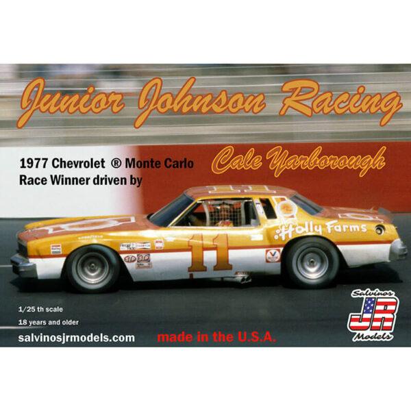 salvinos jr models JJMC1977NW Junior Johnson Racing 1977 Chevrolet ®Monte Carlo NASCAR 1977 Kit en plástico para montar y pintar. Incluye interior con jaula antivuelco, suspensión y motor V8 detallados.