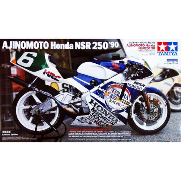 tamiya 14110 AJINOMOTO Honda NSR 250 ´90 Edición Limitada Kit en plástico para montar y pintar. El carenado se puede desmontar para apreciar el motor detallado. Calcas para el campeonato del mundo del año 1990. Longitud: 163 mm, ancho: 50 mm.