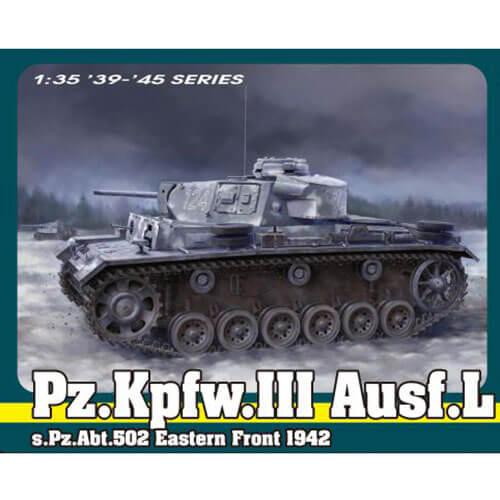 dragon 6957 Pz.Kpfw.III Ausf.L s.Pz.Abt.502 Eastern Front 1942 1/35 Kit en plástico para montar y pintar. Incluye interior, piezas en fotograbado y cadenas por tramo y eslabón.