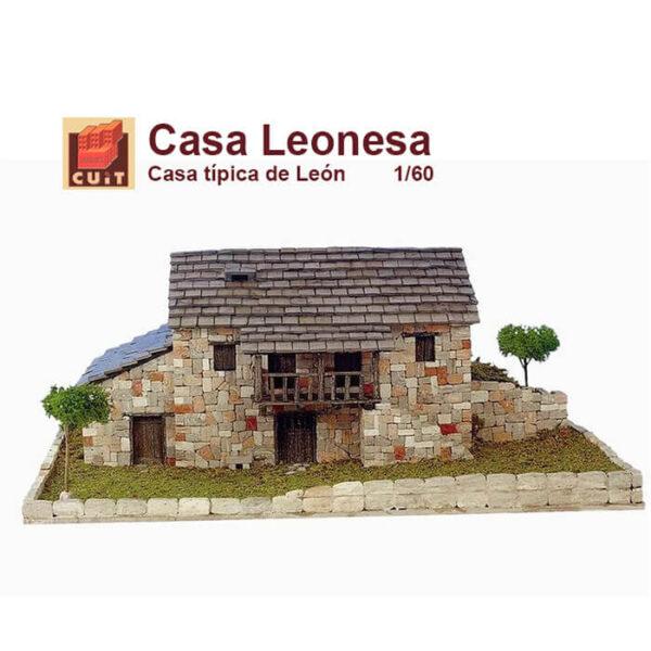 cuit 03606 Cuit Casa Leonesa 1/60 Casa tradicional de León que podemos encontrar principalmente en zona de sierra. Kit de construcción con piezas de cerámica.