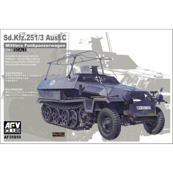 AFV club 35S50 Sd.Kfz. 251/3 Ausf. C Mittlere Funkpanzerwagen Kit en plástico para montar y pintar. Incluye piezas en fotograbado.