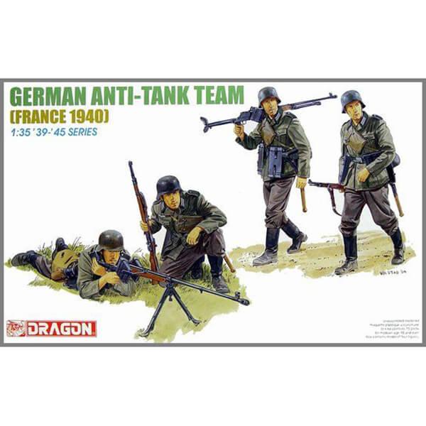 dragon 6196 German Anti-Tank Team (France 1940) Kit en plástico para montar y pintar. Incluye 4 figuras para formar dos equipos de caza-tanques armados con el fusil Pz.B 39. Piezas 70+ Escala 1/35
